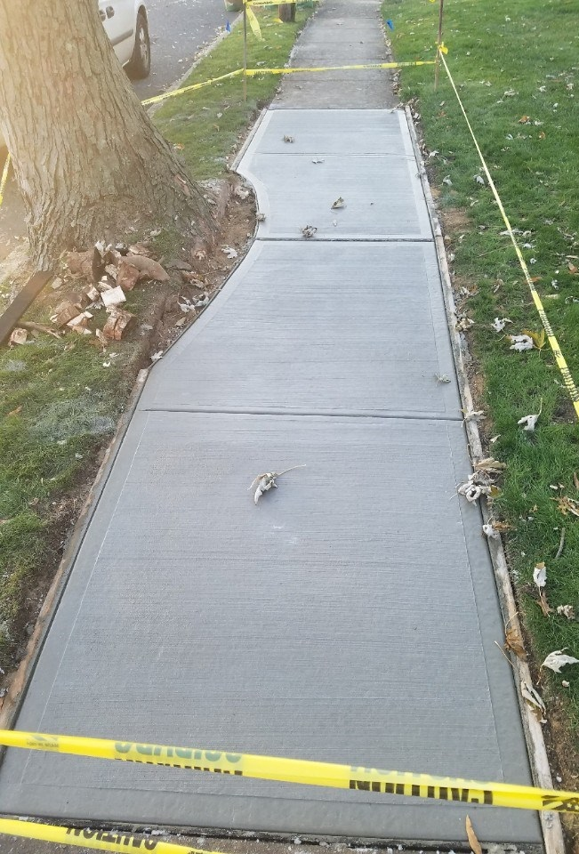 concrete sidewalk replacement